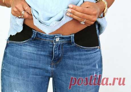 Нужно всего лишь отрезать карман от джинсов. Получится вещь на все времена!