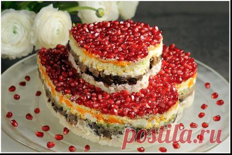 Самые вкусные и красивые праздничные салаты для новогоднего стола!.