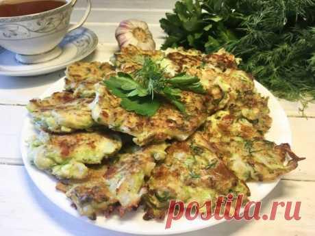 Оладьи из кабачков с сыром — Sloosh – кулинарные рецепты