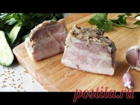 La grasa cocido con la mostaza