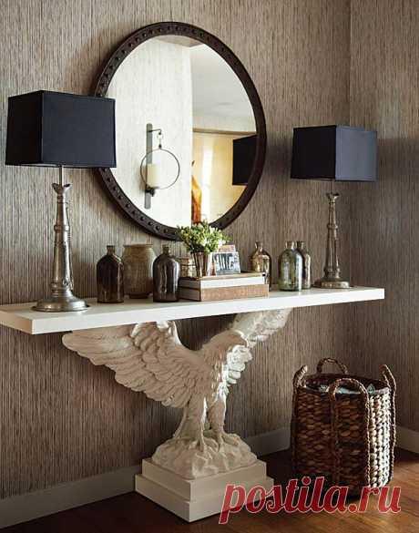 Консольный стол с орлиной базой.  Столы на заказ https://www.instagram.com/sculptury_na_zakaz/  #скульптураспб #мебельспб #скульптураназаказ #мебельназаказ #столспб #консольныйстол #орёл #скульпторспб