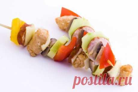 Как мариновать куриный шашлык :: как мариновать шашлык из курицы :: Кулинарные рецепты :: KakProsto.ru: как просто сделать всё