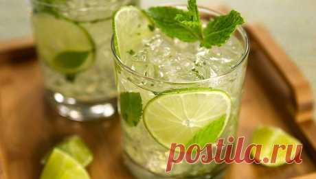 Рецепт домашнего классического мохито, который можно приготовить из доступных ингредиентов