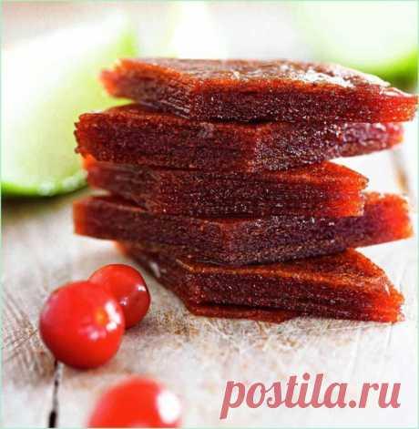 Яблочный мармелад в мультивароке  Ингредиенты: ■ Яблоки - 1 кг ■ Сахар - 600 г Показать полностью…
