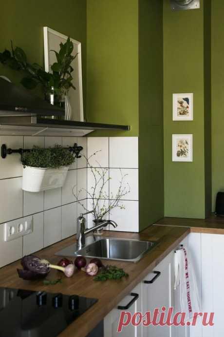 Сделать кухню изумрудного цвета? Не каждая хозяйка решиться на такую... красоту! | Дизайнер интерьера & Любитель | Яндекс Дзен
