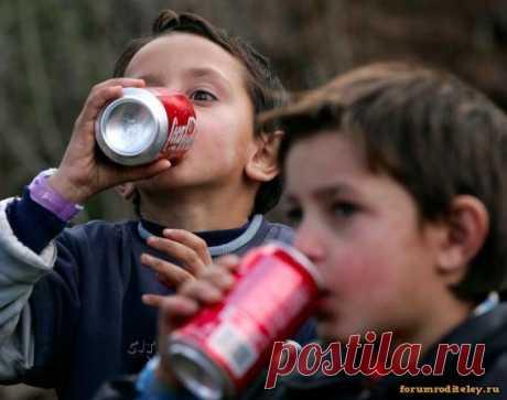 Как влияет на организм кока-кола :: Социальная сеть мам и пап