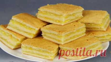 Нежнейшее пирожное с лимонно-апельсиновой начинкой Нежнейшее пирожное с лимонно-апельсиновой начинкой Если вы еще не пробовали такого пирожного, то рекомендую уделить немного времени и порадовать своих