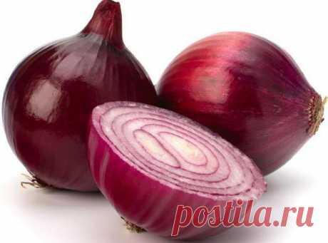 Вы ещё не едите фиолетовый лук? Тогда вот 7 веских причин сделать это!  Фиолетовый лук не самый употребляемый людьми.  Проблема в том, что большинство из нас не знают, что этот вид лука предлагает широкий спектр преимуществ для здоровья.