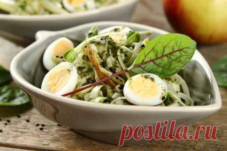Салат из лука-порея с яйцом перепелиным – пошаговый рецепт с фото.