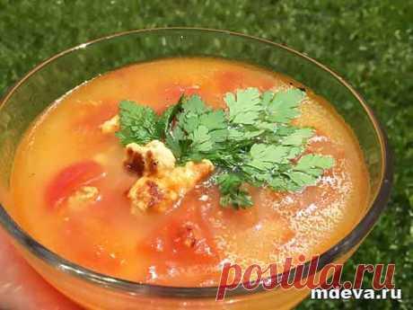 Суп овощной с адыгейским сыром Суп овощной с адыгейским сыром Приготовление: Томаты опустить в кипящую воду и очистить от кожуры.