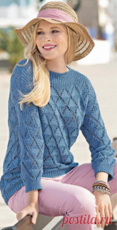 Женский пуловер с узором из ромбов