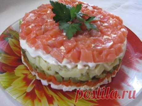 Салат «Рыбка на шубе». От вкуса этого салата все будут в восторге. | Обжоркин | Яндекс Дзен