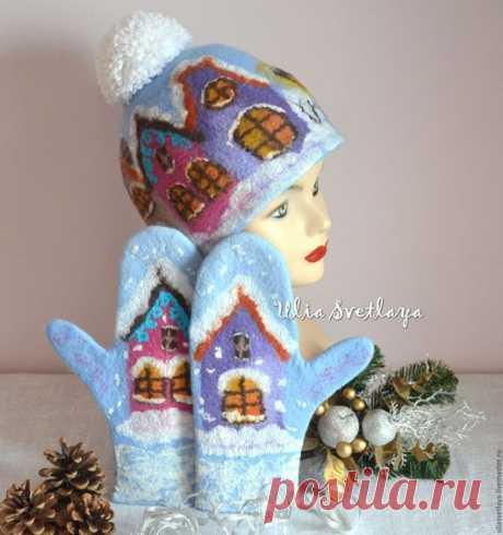 """Купить Шапка и варежки """"Зима в старом городе"""" голубой комплект - варежки валяные, юлия светлая"""