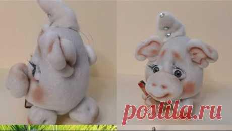 Самая простая и симпатичная свинка из капрона! Мастер класс!