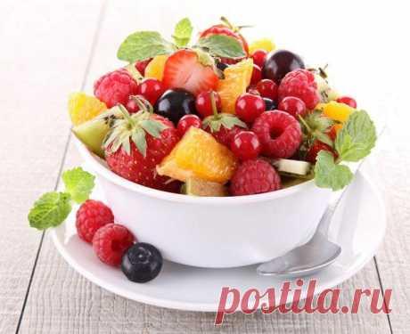 15 фруктов для тех, кому нельзя сладкое Сладости любят все, и обычно они есть в каждом доме. Однако некоторые вынуждены отказываться от них: кто-то соблюдает диету, а кто-то страдает сахарным диабетом.Предлагаем ознакомиться со списком фрук...