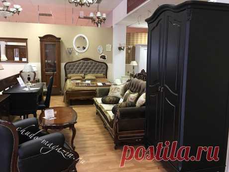 Распашной шкаф из массива черный 2-х дверный