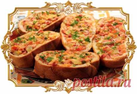 Мини пиццы из булочек в мультиварке (рецепт на скорую руку)  Ингредиенты для этого рецепта можно подобрать, исходя из собственных предпочтений. Идеальный вариант для занятых людей.  Сложность: простая. Показать полностью…