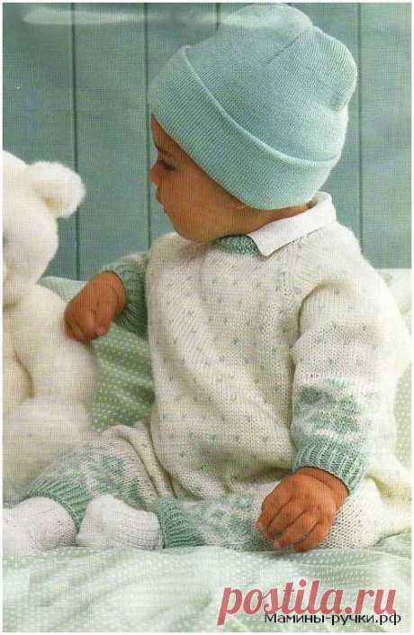Вязаный спицами детский комбинезон с жаккардовым узором и рукавами реглан. Схемы и описание.