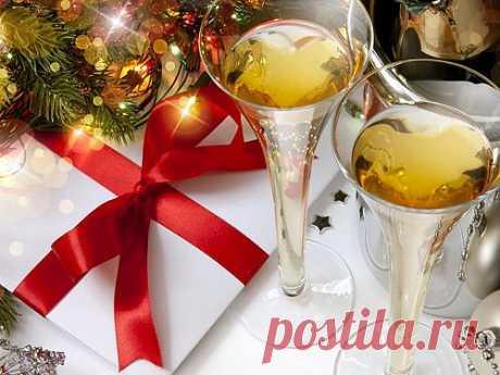 Как встретить Новый год 2014, год лошади? Как украсить дом к празднику и что надеть? Как оформить праздничный стол?