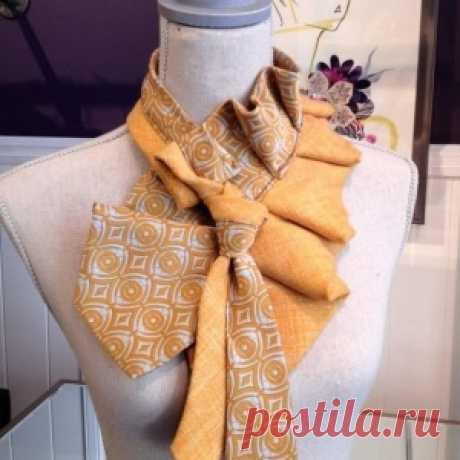 Из галстуков выходят прекрасные украшения! На заметку мастерицам