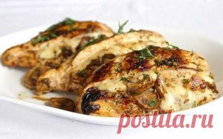Курица, фаршированная грибами и сыром — Sloosh – кулинарные рецепты