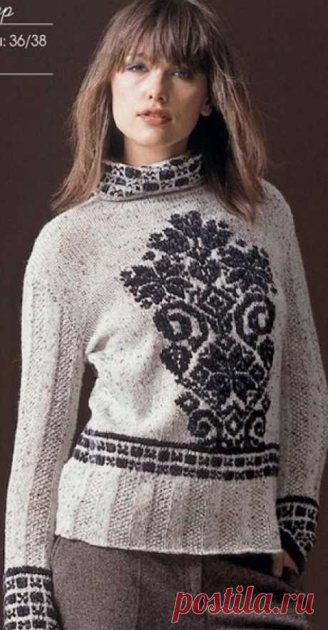 Красивый пуловер жаккардовым узором