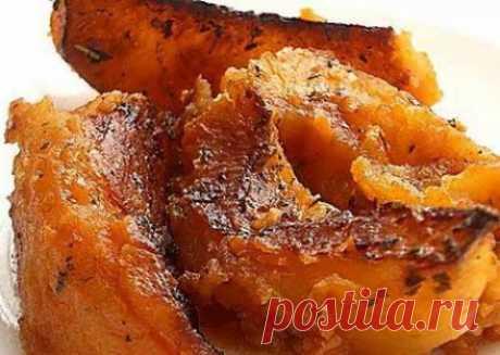 """Картофель """"Прованс"""" с острым томатным соусом"""