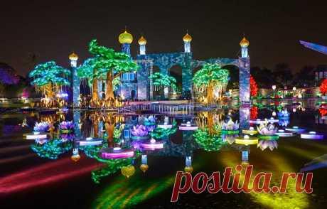 Светящийся сад в Дубае