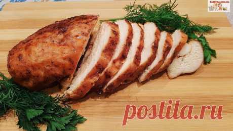Куриное филе, запеченное в двух соусах в духовке Куриное филе, запеченное в двух соусах в духовке, получается очень нежным, ароматным и вкусным, Прекрасно подходит для бутербродов и в качестве мясной нарезки, отличная замена колбасе.Ингредиенты:куриное филе – 350 г.;соевый соус – 1 ст.л.;томатный соус – 1 ст.л.;растительное масло – 1...
