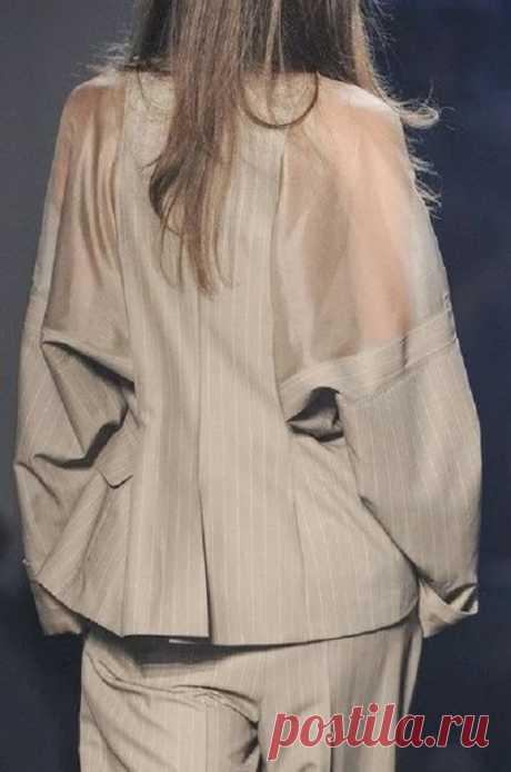 Жакет со вставками из шёлка