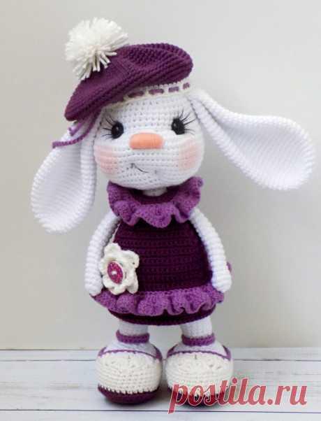 PDF Зайка Злата. FREE amigurumi crochet pattern. Бесплатный мастер-класс, схема и описание для вязания амигуруми крючком. Вяжем игрушки своими руками! Зайка, кролик, заяц, зайчик, rabbit, hare, bunny, hase, lebre, lapin, coelhinho. #амигуруми #amigurumi #amigurumidoll #amigurumipattern #freepattern #freecrochetpatterns #crochetpattern #crochetdoll #crochettutorial #patternsforcrochet #вязание #вязаниекрючком #handmadedoll #рукоделие #ручнаяработа #pattern #tutorial #häkeln #amigurumis