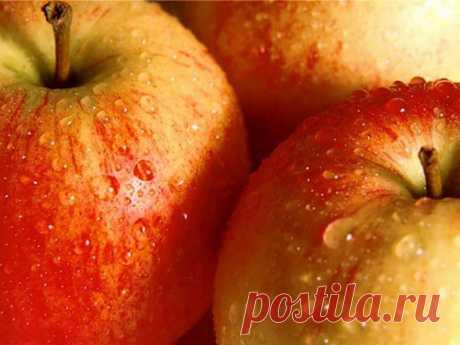 Как приворожить мужчину: сильная присушка на яблоко Каждая женщина мечтает быть любимой и желанной. Однако любовь не всегда оказывается взаимной, и такое чувство причиняет сильную боль. Добиться взаимности может помочь приворот любимого мужчины с помощью яблока.