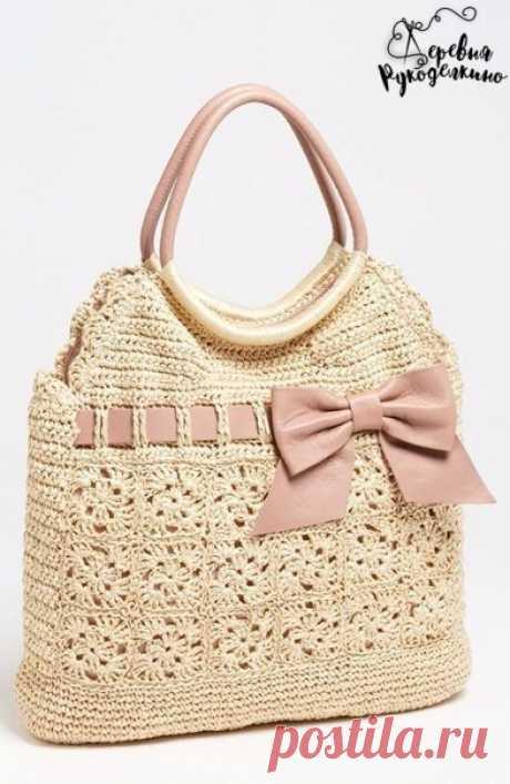 Red Valentino handbag, knitted hook \/ Era of Handwork