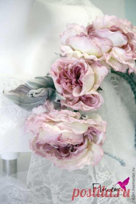 """Купить Ободок для волос """"Розы из сада шато Мальмезон"""". Цветы из шелка. - кремовый, розовый"""