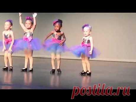 Улыбнитесь:) Разница между афроамериканским и европейским подходом к танцам .