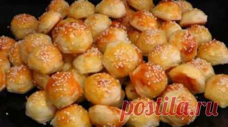 РЕЦЕПТЫ И СОВЕТЫ ХОЗЯЙКАМ: Пирожки без лепки...