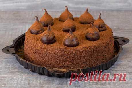 """Рецепт """"Трюфельный торт домашний"""" - Дом Десертов Все любят Трюфельный торт и ассоциируют его с особым случаем или простым удовольствием... Но чья была идея приготовить такой восхитительный вариант десерта"""