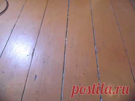 Есть простое решение как заделать щели в деревянном полу своими руками. | мастер на все руки | Яндекс Дзен