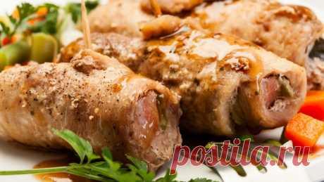 Свиные рулетики с грушей и миндалем — Sloosh – кулинарные рецепты