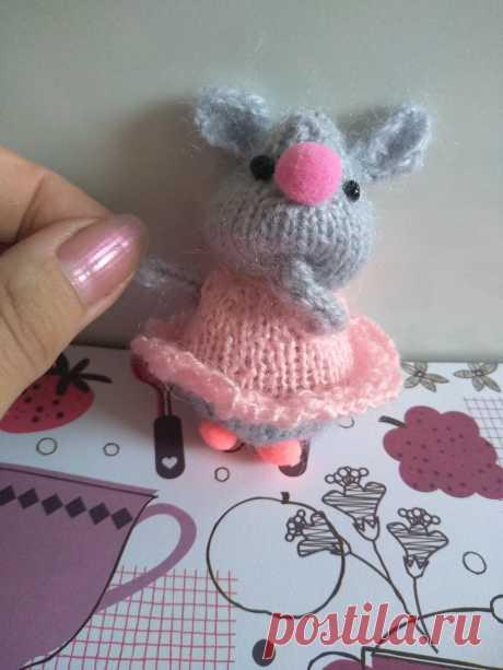 Мышка-малышка. Амигуруми. Вязаные игрушки - подарок любимым.