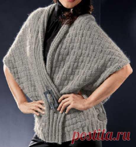 Стильный жилет-пончо, связанный спицами единым полотном | Идеи рукоделия | Яндекс Дзен