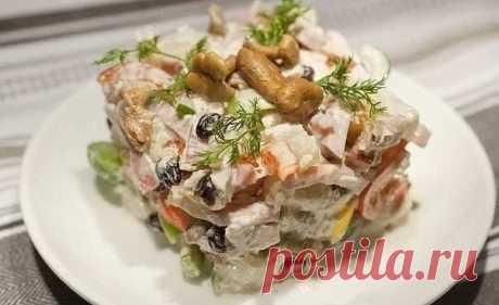 Топ-6 вкуснейших салатов с куриным филе к Новому Году