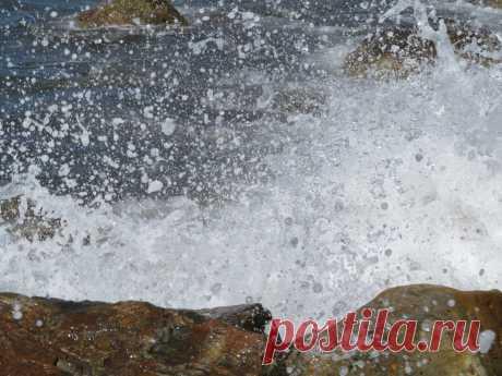Прибой,Геленджикская бухта,Чёрное море