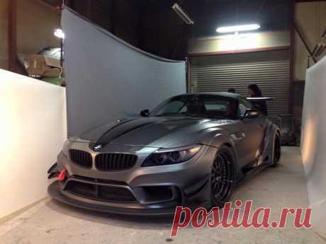 Varis Previews BMW Z4 Widebody for Tokyo Auto Salon.