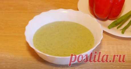 Классный рецепт - Крем суп из шпината и курицы! Очень вкусный и сытный крем суп из шпината и курицы. Вы полюбите его за необычный вкус и простоту приготовления. Готовится из доступных продуктов, быстрый и простой в приготовлении.
