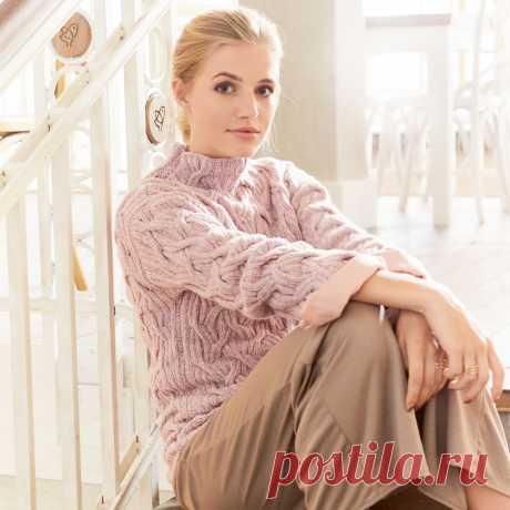 Розовый свитер с рельефными узорами — HandMade