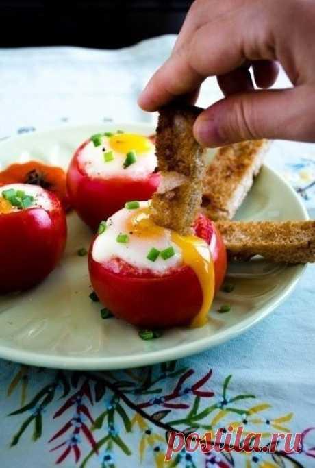 Яйца в помидорах - превосходный завтрак! — Мегаздоров