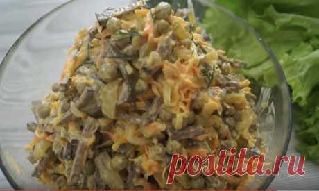 Печеночный салат - вкуснейший салат из печени  Печень в этом салате совсем по-новому проявляет свой вкус и в сочетании с овощами и специями создает невероятное по вкусу блюдо. Попробуйте сделать, вам точно понравится. ИНГРЕДИЕНТЫ  печень, 0,5 кг …