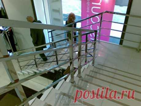 Изготовление лестниц, ограждений, перил Маршаг – Отделка лестниц камнем и нержавеющие перила