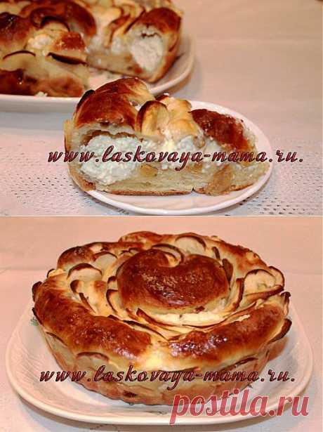 Дрожжевой яблочный пирог с творогом.